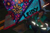 Leidy junto a su nueva carreta de Súper Agente Ambiental